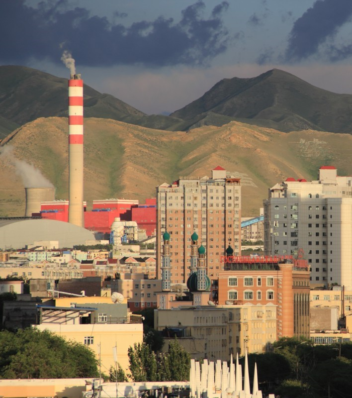 city_building_cloud_mountain_urumqi_factory-1217749